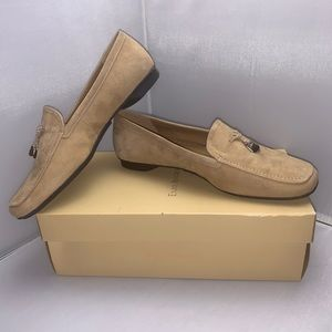 Enzo Angiolini Suede Leather Loafers Size 7.5M.